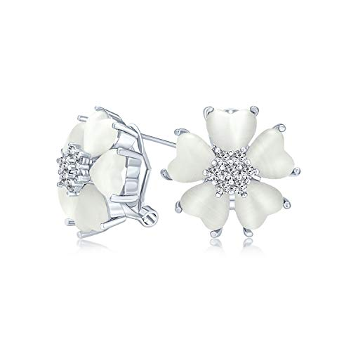 Romántico corazón forma gatos ojo CZ acento botón estilo blanco flor Stud Pendientes para mujeres plata plateada con clip omega