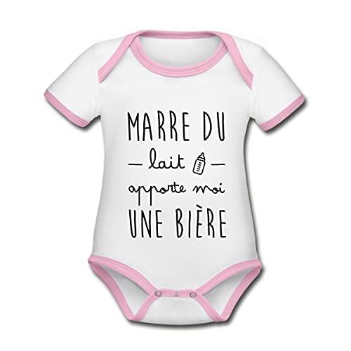 Spreadshirt Marre du Lait Apporte Moi Une Bière Body Bébé Bio Manches Courtes, 3-6 Mois, Blanc/Rose
