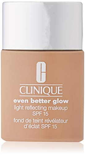 Clinique Even Better Glow Light Reflecting Makeup SPF 15 Foundation CN 52 Neutral, 30 ml