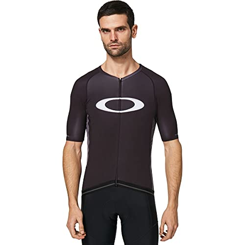 Oakley-apparel