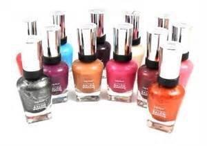 Lot of 20 Sally Hansen Complete Salon Manicure FINGERNAIL Polish FULL SIZE 20 Beautiful Colors