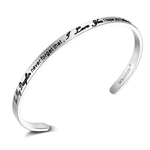 SOLOCUTE Frauen Armreif 'To my Daughter, Never forget that I love you, I hope you believe in yourself as much as I believe in you, love Mom.' Inspirierende Manschette Schmuck Geschenk (White God)