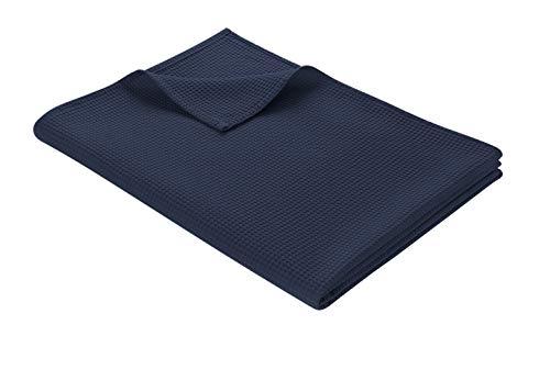 WOHNWOHL Tagesdecke 150 x 200 cm • Waffelpique leichte Sommerdecke aus 100% Baumwolle • Luftige Sofa-Decke vielseitig einsetzbar • Pflegeleichte Wohndecke • Baumwolldecke Farbe: Dunkelblau