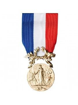 DMB PRODUCTS - 580475 - Medaille Ordonnance Courage ET DEVOUEMENT Bronze - DEMO0BSAUVT