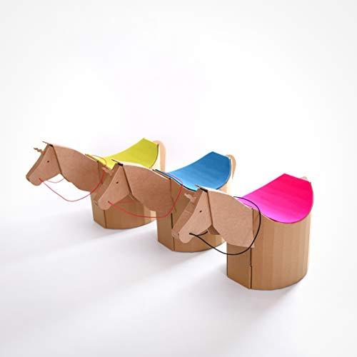 Design Kinderhocker, ergonomischer Papphocker Lollo mit Einhorn/Pferdekopf. Sitzfläche aus limonefarbenem Wollfilz (Ökotex100)