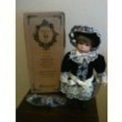 The Boyds Collection - Yesterday's Child Doll - Priscilla
