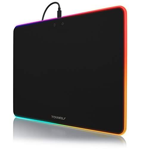CSL-Computer Gaming XL Mauspad mit RGB Beleuchtung - 340x245mm - Stoffoberfläche - leuchtendes Mousepad - Regenbogeneffekte - 7 LED Farben Chromafarben - Tischunterlage - rutschfeste Unterseite