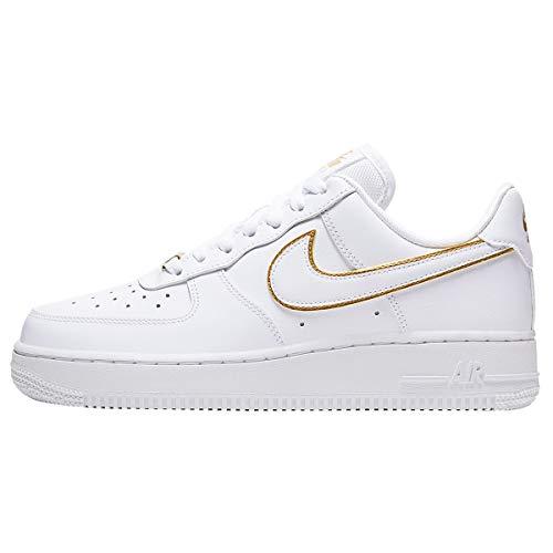 Nike Damen Air Force 1 '07 Essential Basketballschuhe, Weiß/Weiß/Metallic Gold/Weiß, 40 EU