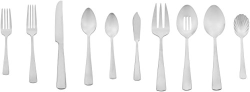 AmazonBasics 65-Piece Stainless Steel Flatware Silverware Set