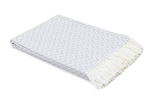 myHomery Decke aus Baumwolle - Tagesdecke leicht & kuschelig - Made IN EU - Wolldecke mit Zick-Zack Muster - Wohndecke Fransen - Kuscheldecke modern und hochwertig - Weiß / Grau | 130 x 170 cm