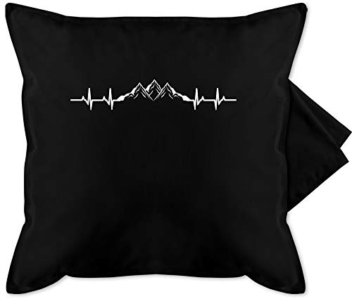 Shirtracer Deko Kissen Hobby - Berge Herzschlag - Unisize - Schwarz - Kissen Berge - GURLI Kissenhülle - Kissenbezug 50x50 cm & Dekokissen Bezug
