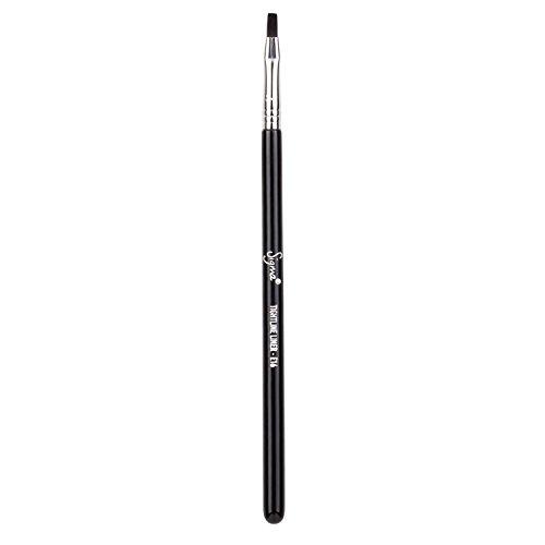 Sigma Beauty E16 Tightline Liner Brush