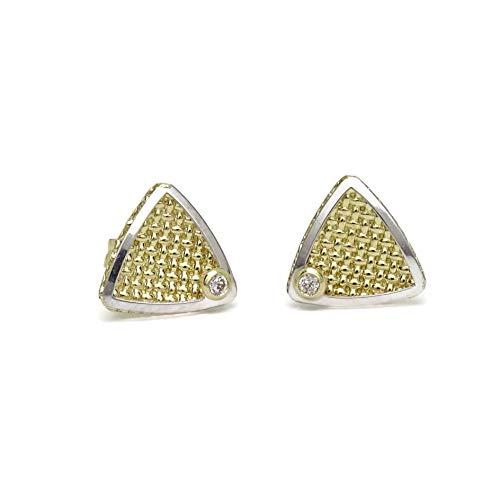 Pendientes de oro de 18k con forma de triangulo de 8mm de diámetro y 2 circonitas. Cierre presion