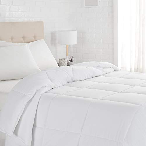 AmazonBasics Down Alternative Bed Comforter, Twin, Light