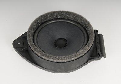 GM Genuine Parts 15221426 Front Door Radio Speaker