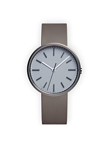 Uniform Wares Unisex Herren & Damen M37 PreciDrive Three Hand Uhren in Brushed Steel with Dove Grey Nitrile Rubber Strap