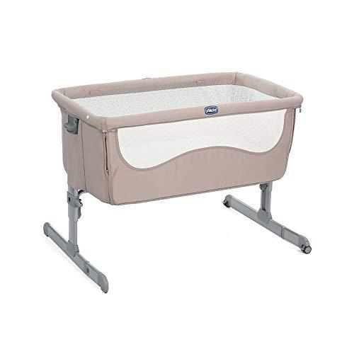 Chicco Next2Me Beistellbett Babybett Chick to Chick Beige mit Matratze, Abnehmbare Seite, Höhenverstellbar, Netzfenster, 2 Rollen und Transporttasche - 0-6 Monate, 9 kg