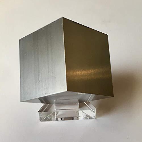 Fantástico cubo, pisapapeles o elemento decorativo de titan