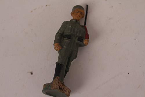 vintage13.de Soldat Marsch Wehrmacht Felduniform 2.WK Lineol Elastolin Figur Masse Antik
