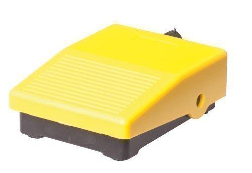 Pedal Interruptor de pie industrial IP 40 | 3A / 250 V AC | 0,06A / 230 V DC | para taladros, fresadoras de banco, sierras de rodillo Eléctrico ON / OFF Pulsador de pedal de plástico Pulsador de presión momentánea universal Carcasa de la maquinaria