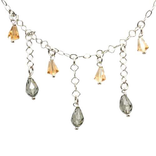 The OLIVIA Collection de plata de ley gris y con cristales de Swarovski collar con colgante en forma de gotas de Clusters de champán