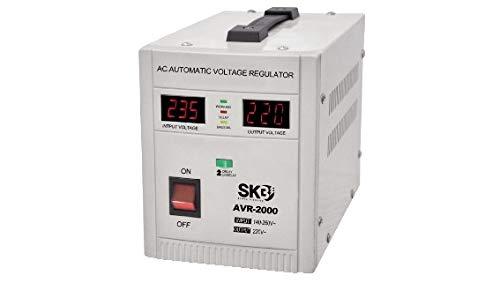 Estabilizador de tensión SKB 2000VA 1200W