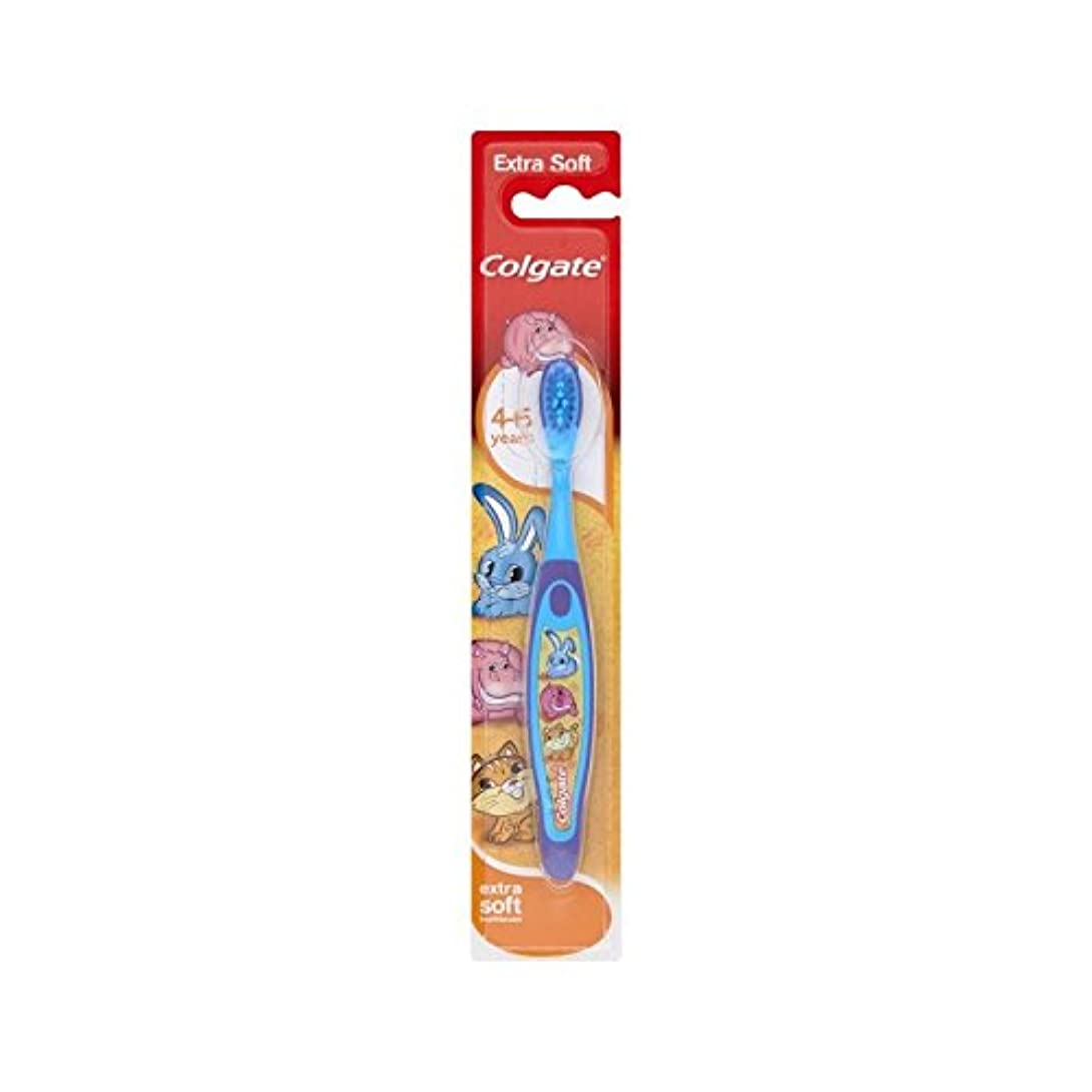 マッサージ糸石の4-6歳の歯ブラシを笑顔 (Colgate) (x 6) - Colgate Smiles 4-6 Years Old Toothbrush (Pack of 6) [並行輸入品]