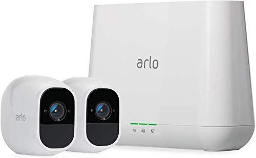 Arlo Pro2 VMS4230P Kit Base Sistema di Videosorveglianza Wi-Fi con 2 Telecamere di Sicurezza, Audio 2 Vie, Batteria, Full HD, Visione Notturna, Interno/Esterno, VCR Opz, Alexa e Google Wi-Fi