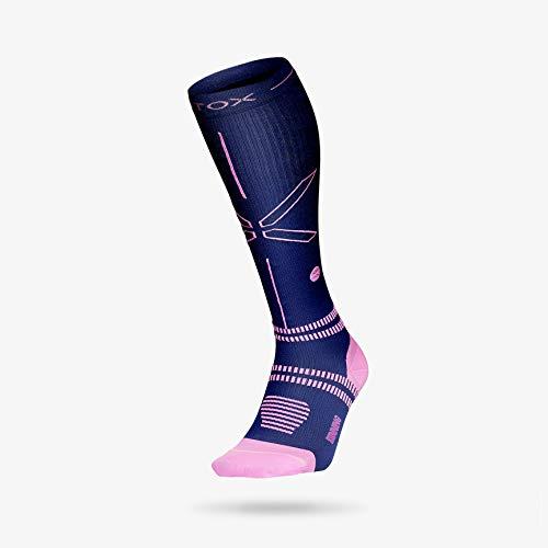STOX Energy Socken | Laufsocken | Hightech-Kompressionsstrümpfe | Bequeme Kompressionsstrümpfe | Feuchtigkeitsableitung | Verletzungen Vorbeugen | Förderung des Blutflusses (Dark Blue/Pink, W3)