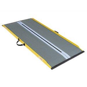 Leichte Rollstuhlrampe | Auffahrrampe | Rampe (165 cm)