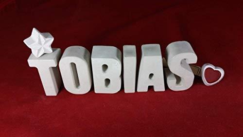 Beton, Steinguss Buchstaben 3D Deko Namen TOBIAS mit Stern und Herzklammer als Geschenk verpackt! Ein ausgefallenes Geschenk zur Geburt, Taufe, Geburtstag, Namenstag oder auch zu Weihnachten.