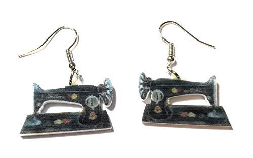 FizzyButton Gifts Acryl Naaimachine Drop Oorbellen met Zilveren Toon Oor Draden in Turkoois Geschenkdoos
