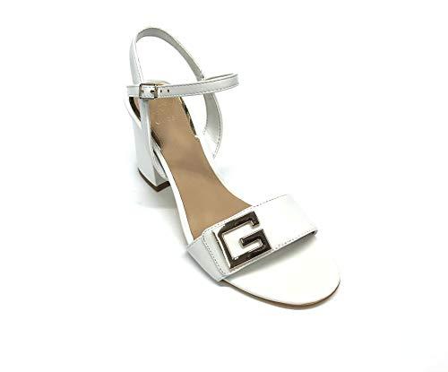 Guess Sandali Donna Pelle Bianca con Dettaglio Logo in Acciaio su Fascia. Chiusura con Cinturino alla Caviglia. Tacco Blocchetto da 7,5cm. (Numeric_41)