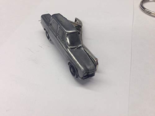 ALFA ROMEO GIULIA 1300Super (um 1971) Ref2Zinn Effekt Auto Emblem im Krawatte Clip 4cm handgefertigt in Sheffield kommt mit prideindetails Geschenk-Box