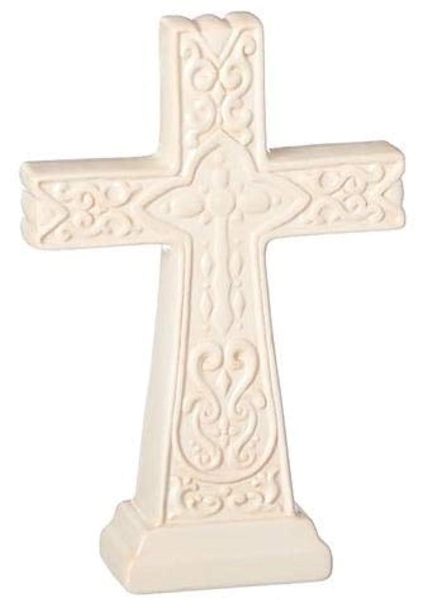 トリッキー速記寛大な十字架 置物 クロス サイズ小 エンボス加工 アイボリー色