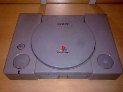 Manette Playstation 1Console + 2x + AV câble + Alimentation + 2jeux