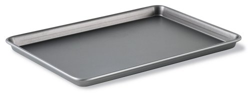 Calphalon Classic Bakeware 12-by-17-Inch Rectangular Nonstick Jelly Roll Pan