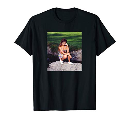 Saved By The Bell Kelly Kapowski Crouched Photo T-Shirt, Men, Women, Youth Sizes