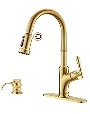 APPASO Gold Kitchen Faucet with Pull Down Magnetic Docking Sprayer - Brushed Gold Single Handle 1 Hole High Arc Copper Pull Out Kitchen Sink Faucets, Champagne Copper, 135BTG