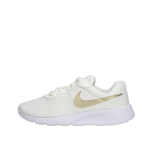 Nike Tanjun (Gs), Scarpe Running Bambino, Bianco (Summit White/Metallic Gold Star/White 100), 38 EU