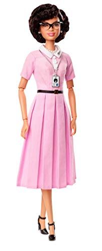 Barbie - Muñeca Katherine Johnson de Grandes Mujeres (Mattel FJH63)