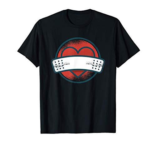 Corazón roto con una venda Camiseta