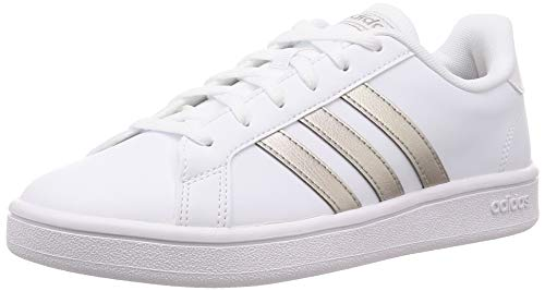 Adidas Tenis Grand Court Base EE7874 para Mujer, Color Blanco/Franjas Doradas