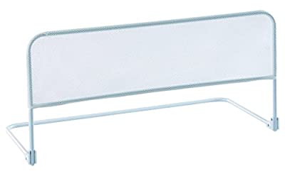 La malla blanca no impide la visión y tranquiliza al niño Se cierra para poder ser guardada con facilidad Fabricada en españa