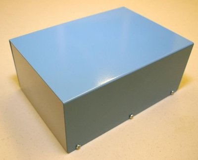 "Painted Aluminium Project Enclosure (4-1/2""H x 6""W x 8""L)"