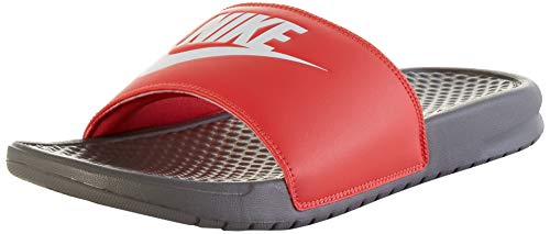 Nike Benassi, Sandalia de Diapositivas para Hombre, Hierro Gris/Whitetrack Red, 44 EU