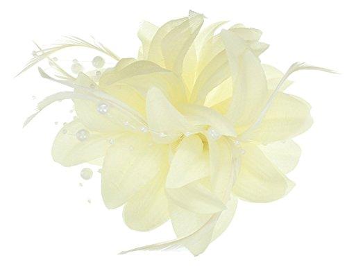 Fascinator mit Clip aus mehrlagigem Stoff mit Blumen, Federn und Perle, pfirsichfarben, rosafarben, cremefarben oder korallenfarben, für Hochzeiten und Pferderennen Gr. One Size, cremefarben