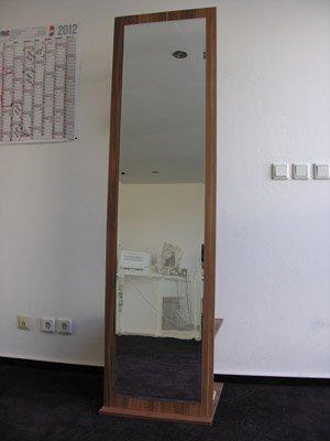 Garderobe Garderobenschrank Schrank mit Spiegel Zwetschge Nussbaum H 184 cm