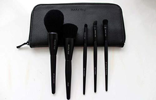 Essential brush collection Pinselset bestehend aus 1x Puderpinsel,1x Lidschattenpinsel,1x...