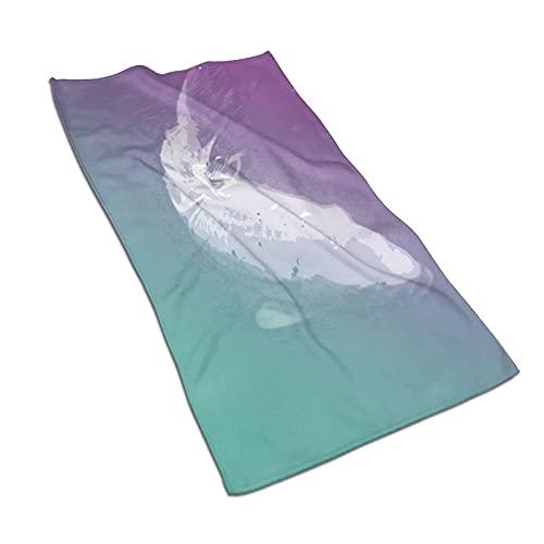 AOOEDM Toallas de mano, enormes peces koi en aguas turbidas, patrón de impresión suave altamente absorbente toalla de baño para baño, hotel, gimnasio y spa 27.5 x 15.5 pulgadas